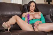 2018-12-25-BE-Kendra-Lust-in-Fuck-Christmas-Part-4-o6uoxl3oxy.jpg